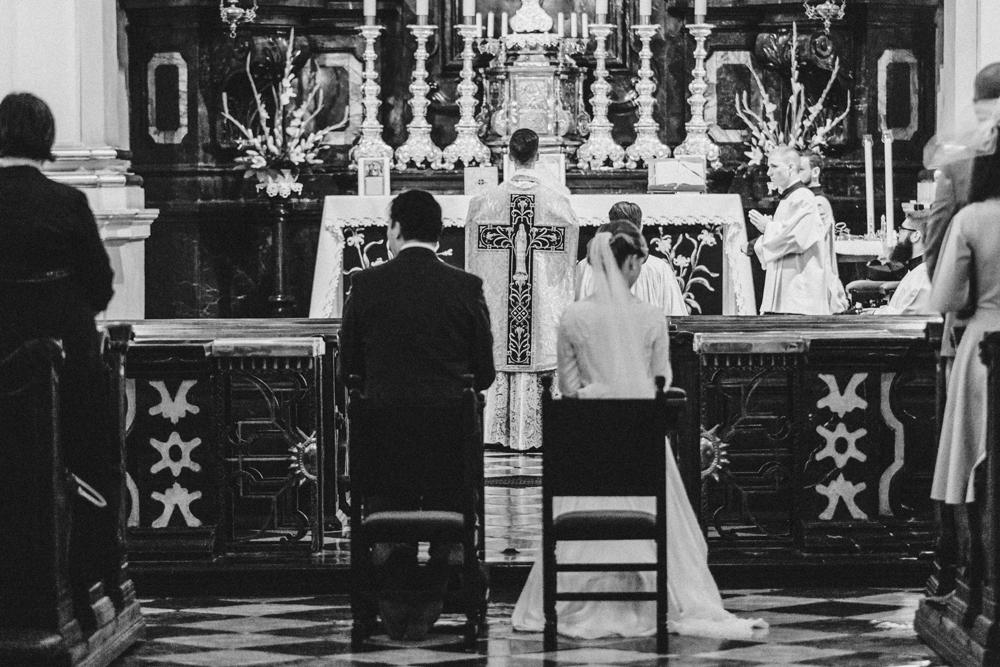 Wedding photographer cracow slub Kosciol Nawrocenia sw Pawła krakow